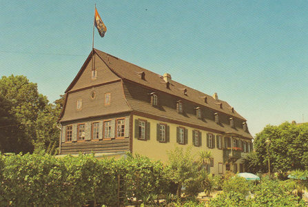 Historical exterior view of the Brentanohaus in Oestrich-Winkel